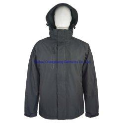 パッディングおよび羊毛のライニングが付いている古典的な防水ポリエステル繭紬の冬の人の上着類のジャケット