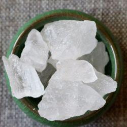 Haute qualité 99 % de l'Alun de Potassium de bloc forfaitaire incolore/de la potasse de l'Alun Déodorant