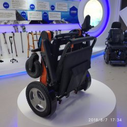 리튬 배터리를 사용하는 전기 휠체어용 조이스틱 컨트롤러