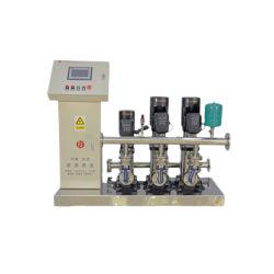 un insieme del sistema di riempimento dell'acqua, pompa centrifuga a più stadi verticale per il rifornimento idrico dei grattacieli