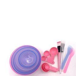 Insiemi di strumenti cosmetici variopinti della ciotola della ciotola facciale riutilizzabile di DIY con di dosatore e la ruspa spianatrice della plastica e della spazzola