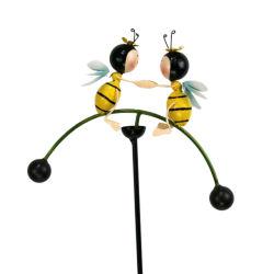 Prato inglese ed iarda decorativi del bastone dell'oscillazione dell'ape degli ornamenti del giardino