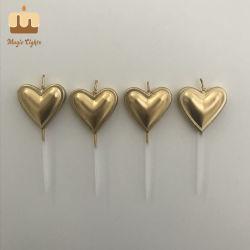 Haut de bougies en forme de coeur de l'or fournisseur