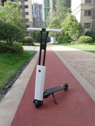 Peso ligero Plegable de Alta Calidad gran potente adulto de dos ruedas Scooter eléctrico con pantalla LCD fácil tomado continúe 15 km de distancia Scooter electrónica