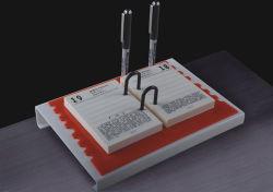 Frame van de Kalender van de Stijl van het boek het Acryl met de Houder van de Pen