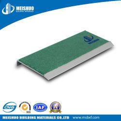 De schurende SlipStap die van de Trede voor de Stap van de Trede van het Cement besnuffelen
