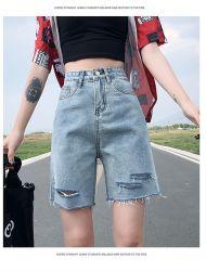 Короткое замыкание в джинсах женщин Skinny Ripped отверстия длина колена черного цвета деним Бермудских Островов шорты Джинсовые брюки