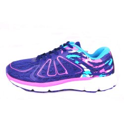 方法スポーツシューズの女性、女性のスポーツの靴は、女性のためのスポーツに蹄鉄を打つ