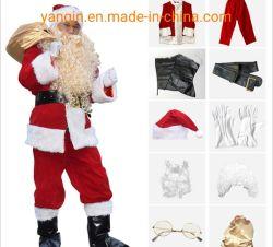 산타클로스가 산타클로스와 산타클로스 복장을 하고 있습니다