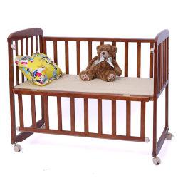 Hot Vente de bois de pin massif Lit bébé mobilier bébé Lit bébé