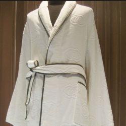 Трубопроводы Белый хлопок Jarquard кимоно отель халат (DPFT8071)