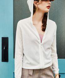 Rivestimento di lavoro a maglia del maglione del manicotto delle donne lunghe di Hoodies