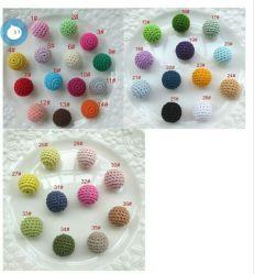 看護の宝石類のネックレスの歯生期のためのハンドメイドの編むかぎ針編みの木のビードの球