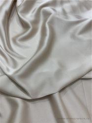 ورق بوليستر لامع ذهبي عالي الجودة من ورق الألومنيوم اللامع من نوع DOT بتصميم مطبوع على شكل DOT قماش أزياء