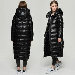 Las mujeres de la moda de invierno de 2020 caliente largo abajo llena Parka abrigo negro/rojo brillante Puffer chaqueta ligera