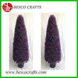 鍋の屋外の人工的な鉢植えな装飾刈り込み法のクリスマスツリー