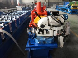 Spitzenverkaufs-Qualitätues-förmig Purlin-Geräten-kalte verbiegende Stahlrolle, die Maschine bildet