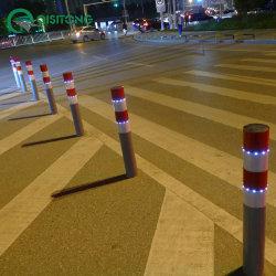 colonna di ormeggio d'acciaio della barriera della strada del tubo di Delineator LED di sicurezza di 39 '' di traffico del cono d'avvertimento riflettente solare senza fili dell'alberino