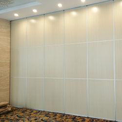 Insonorisation de cloison en bois de séparation mobile de salle de réunion