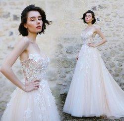 1着の肩の花嫁の夜会服はレースのテュルのウェディングドレスに2020 Lb9008アップリケをつける