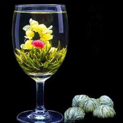 """Blühende Tee-Kugel-""""gut von Klugheit"""" Hand machte blühenden Tee in Handarbeit"""