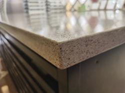 الصين المصنعين المطبخ الساخنة جديدة أرضيات الحمامات سلالم سطح الجناح حوض الغسيل بتصميم أنيق