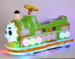 子供公園の魅力! おかしい乗車の電気小型トレインの子供の遊園地車