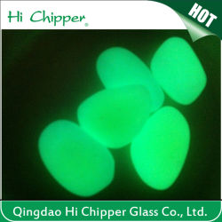 Glühendes Glass Chips und Glowing Glass Pebbles