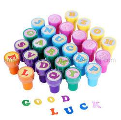 As crianças coloridos OEM Kids Toy 26 Carta Stamper Carimbo