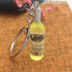 新しい設計の昇進のギフトのための小型ワインボトルのキーチェーン