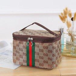 Populares saco cosméticos Portable Grande Capacidade Pequena Praça Bag Travel lavar a mala