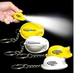 Casco LED creativo Keychain chiaro dell'anello portachiavi con la torcia del pendente di figura del casco