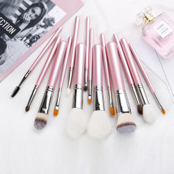 Pêlos de animais 4 PCS Escovas de maquiagem define Custom compõem o ajuste da escova com saco de moda