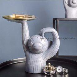 Poco creativa de la tabla de mono la bandeja de metal y la estatua de resina decorativa