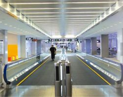 Veiligheid binnen en buiten duurzame Mall bewegende wandelingen roltrap lift Liften