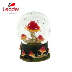 Globo de Nieve Resina Hand-Painted popular con el hongo rojo Waterball