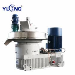 A máquina pressione serradura em Pelotas de Combustível