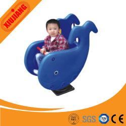Cavallo di oscillazione esterno della molla per i bambini