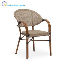 Деревянные зерна с маленькой террасой стулья мебель для установки вне помещений