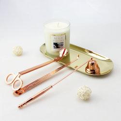 도매 사치품은 로즈 금 초 부속 연장 세트를 가진 유리제 단지에 있는 간장 왁스 초를 냄새가 좋았다