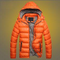 2019の新しいデザイン卸売によってカスタマイズされるメンズ黒ポリエステル防風のジャケット、ナイロン防水航行のジャケット