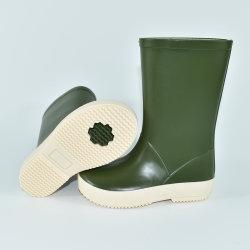 Caricamenti del sistema di pioggia verde oliva del PVC del Metà di-Vitello all'ingrosso per il bambino