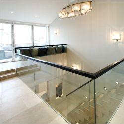 China-Lieferanten-konkurrenzfähiger Preis-ausgeglichenes lamelliertes Steigung-Glasbalkon-Geländer