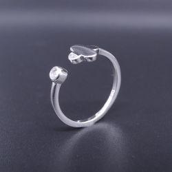 En forme de trèfle chanceux de quatre feuilles en Argent Sterling Zirconia Cubique anneau pour dame de l'engagement