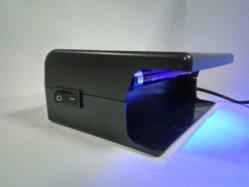 Rivelatore dei soldi elettronici con la lampada UV