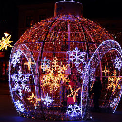 LEDのクリスマスの装飾LEDの雪片ロープライト
