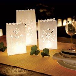 Borse bianche in candela Lanterne di carta per la decorazione di San Valentino di nozze