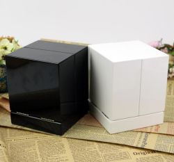 Haut de gamme haute brillance Boîte en bois, de l'artisanat parfum Boîte d'affichage de stockage pour le parfum Collection