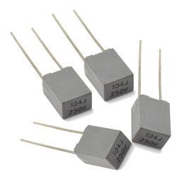Tipo de caixa de Mini Metallzied Capacitor de película de poliéster 104J250V