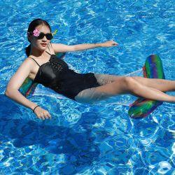 デザイン夏水Palyの新しいおもちゃのネットが付いている膨脹可能で多彩なプールの浮遊物